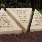 Grabmal-Urnengemeinschaft-Sandstein