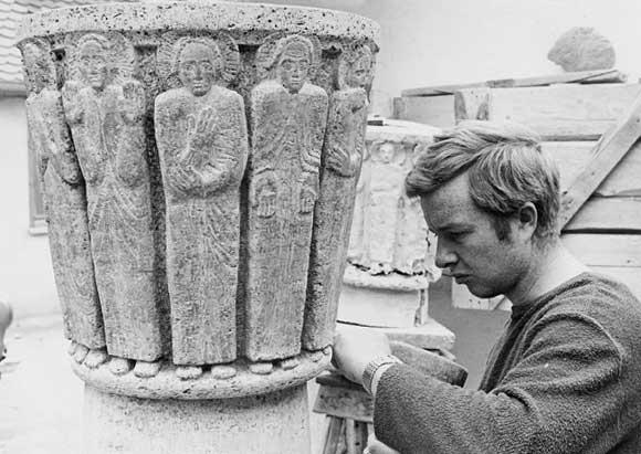 Roland Vogel bei der Arbeit