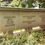 Grabdenkmal-Elbsandstein-Breitformat