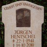 Grabdenkmal-Kalkstein-Detail