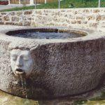 Schöpfbrunnen-Muschelkalkstein