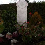 Grabdenkmal Stele Muschelkalkstein