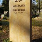 Grabdenkmal-Schlesischer-Sandstein