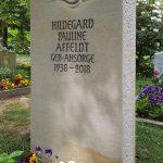 Grabdenkmal mit Seeigel